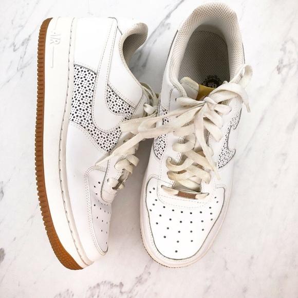 Tratamiento ángulo Aire acondicionado  Nike Shoes | Nike Air Force Af1 82 White Gold Shoes 7y | Poshmark